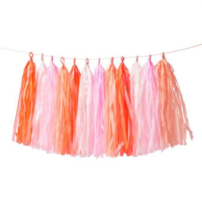 MERIMERI Pink tassel garland