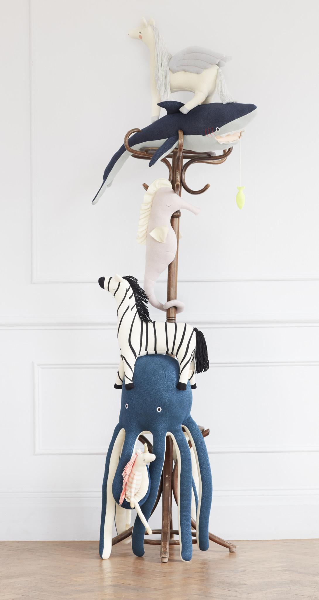 MERIMERI Bianca seahorse knitted toy