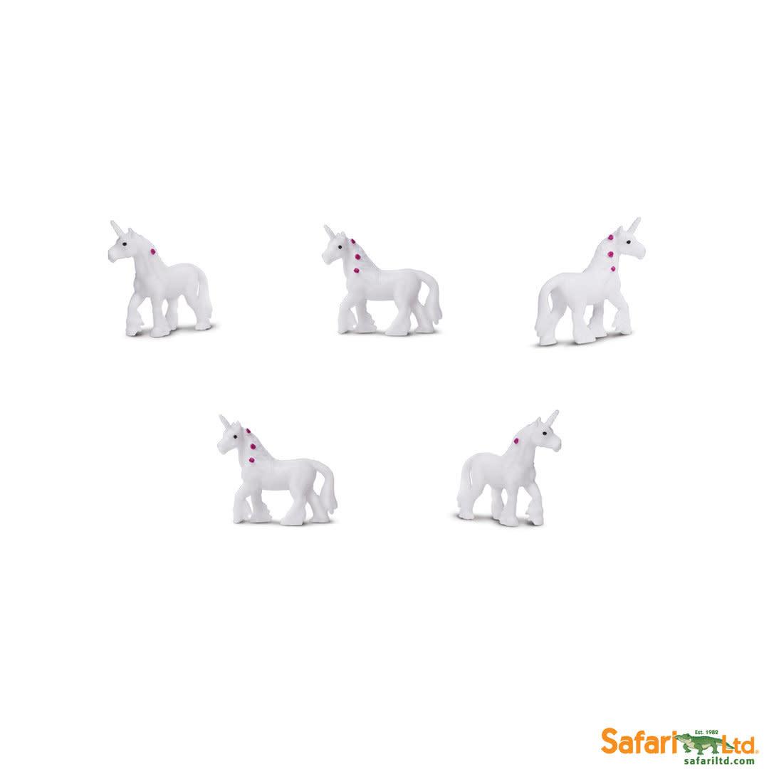 SAFARI unicorns- mini animals 8 pieces