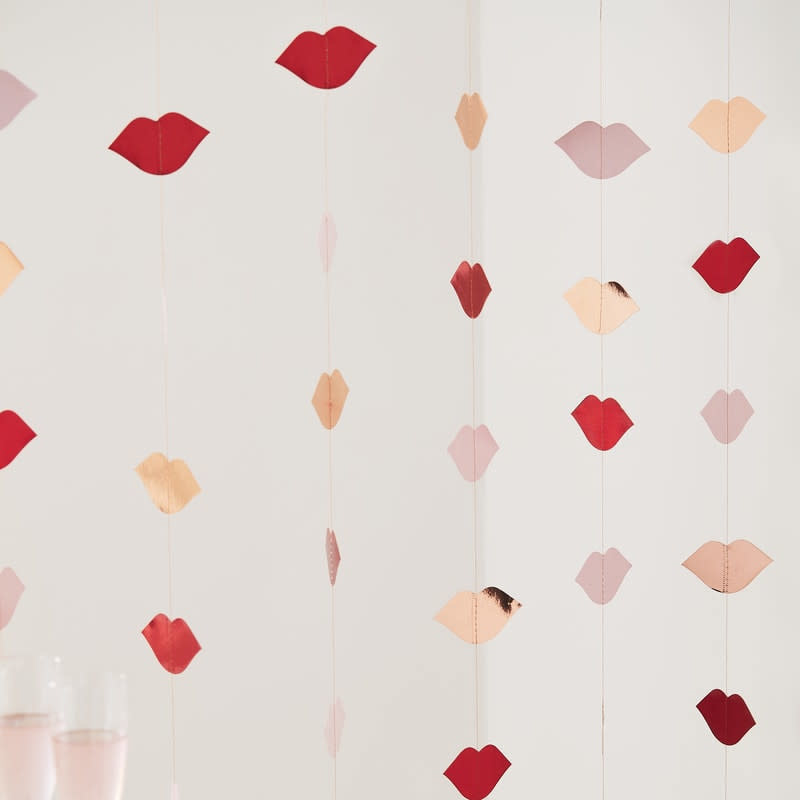 GINGERRAY Rose Gold & Red foiled lip backdrop- Hey Good Looking