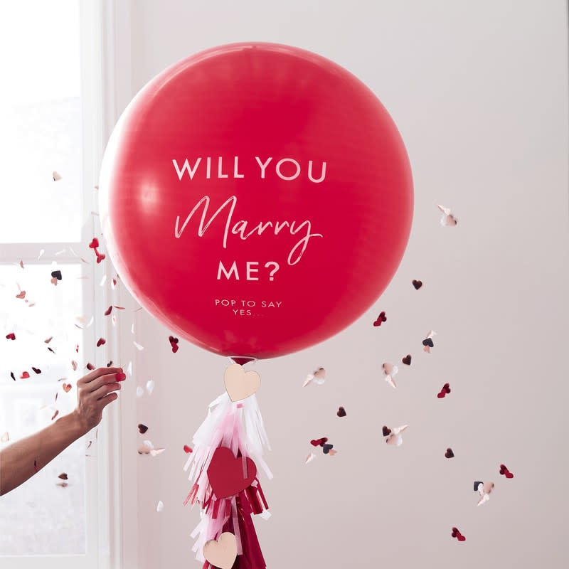 GINGERRAY Red printed 'Will you marry me' Balloon- Hey Good Looking