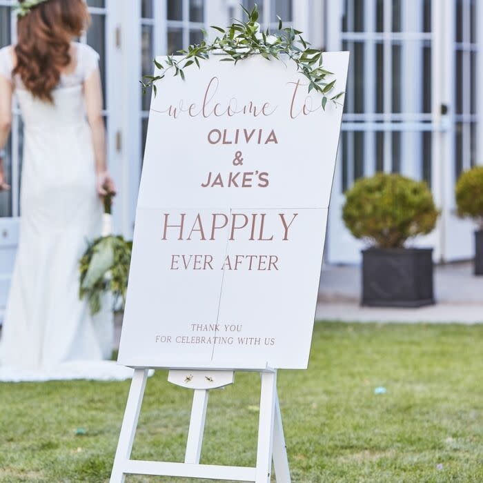 GINGERRAY PERSONALISED WEDDING WELCOME SIGN