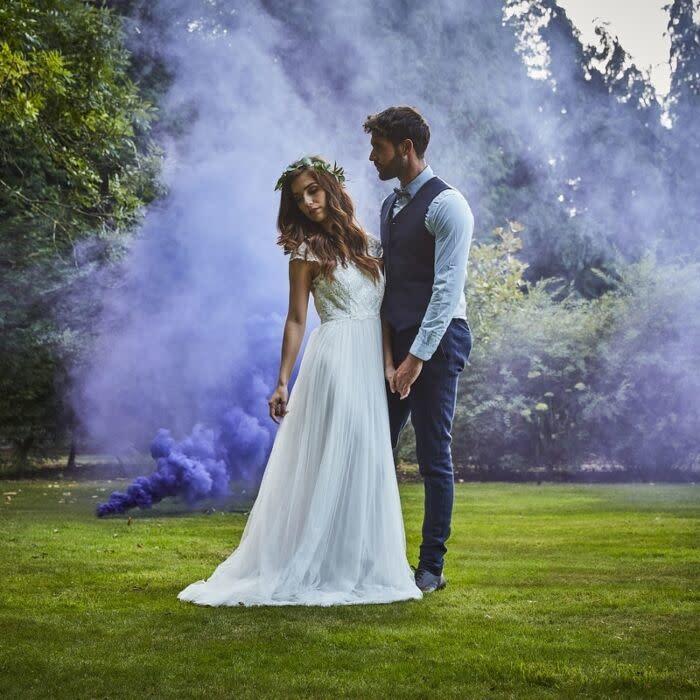 GINGERRAY PURPLE WEDDING SMOKE BOMB