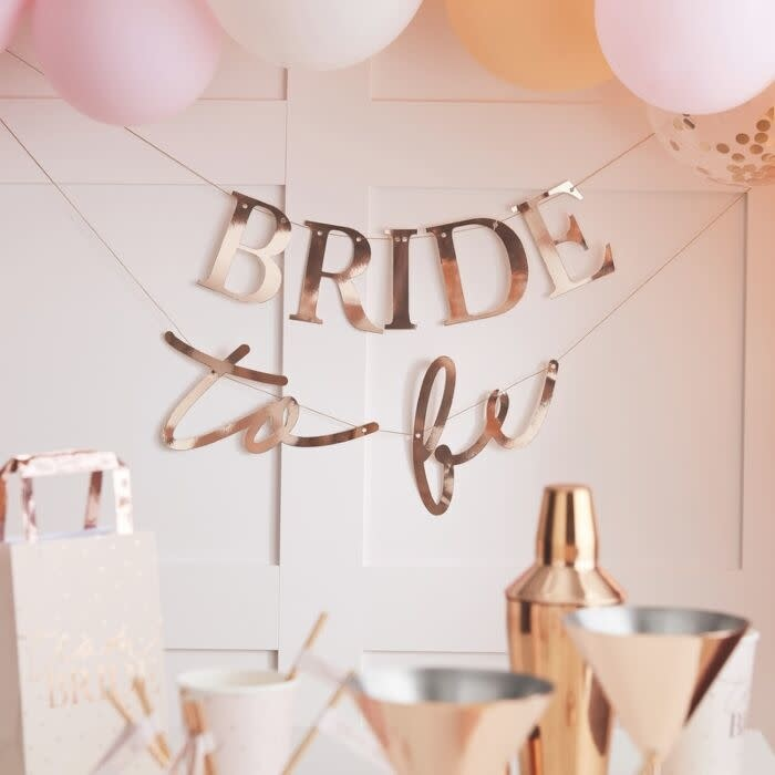 GINGERRAY ROSE GOLD BRIDE TO BE HEN PARTY BANNER