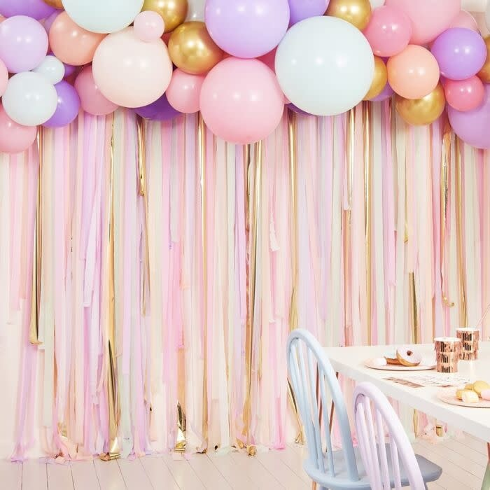 GINGERRAY PASTEL STREAMER AND BALLOON PARTY BACKDROP