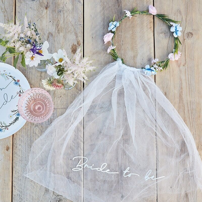 GINGERRAY BRIDE TO BE HEN PARTY VEIL WITH FLORAL CROWN