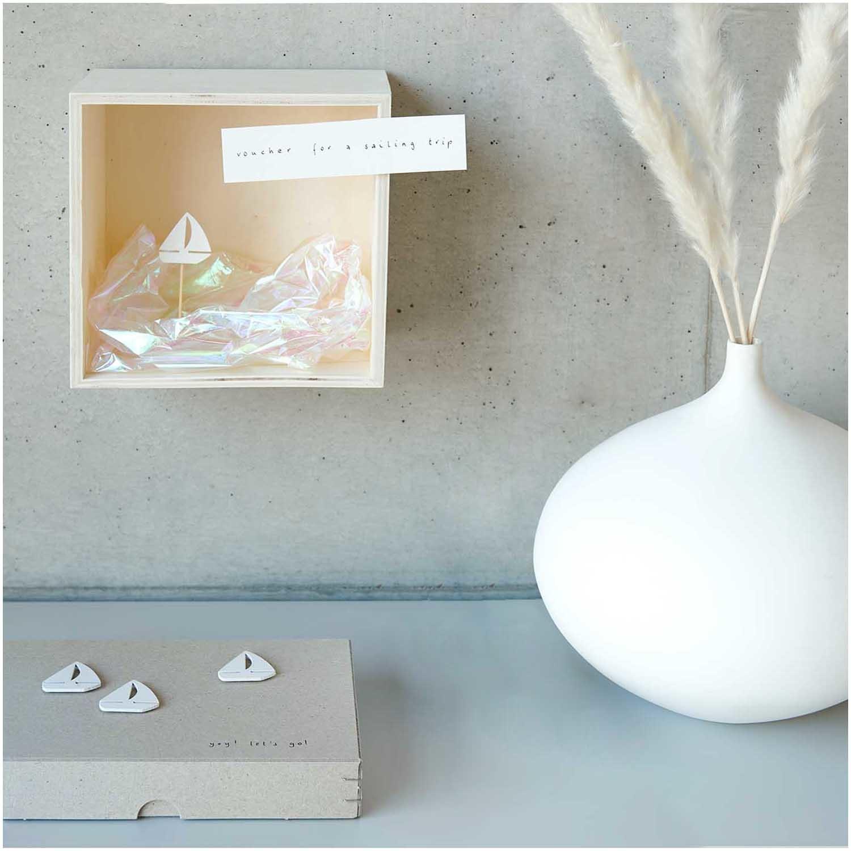 Rico NAY Deco-picks sailingboat, white, wood, 4 pcs