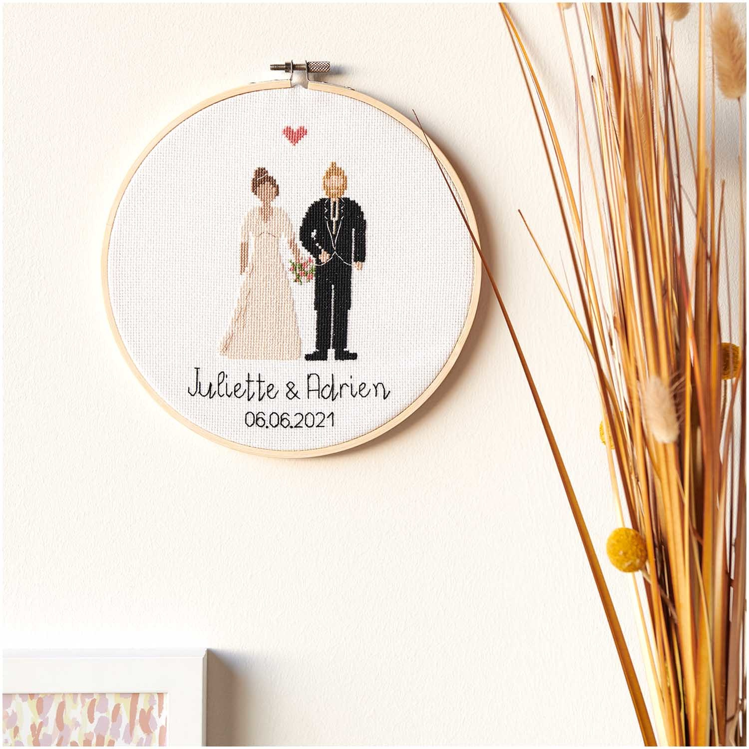 Rico NAY Embroidery kit Figurico Wedding, picture Ø 20 cm, counted cross stitch