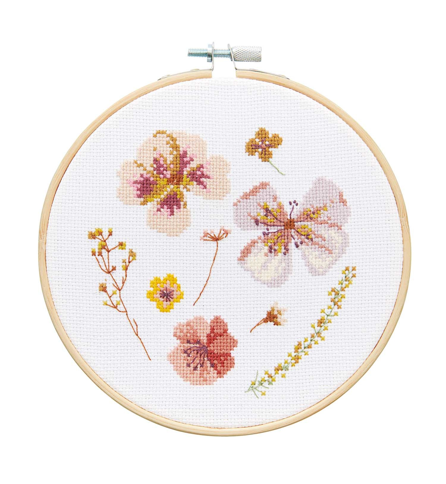 Rico NAY Embroidery kit transformation dried blossoms, picture Ø 15 cm, counted cross stitch