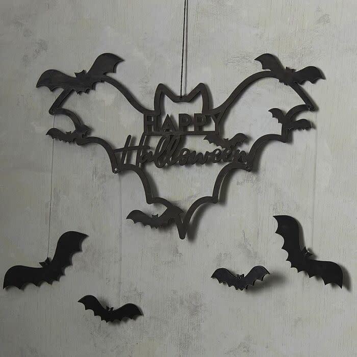 GINGERRAY Black Wood Bat Happy Halloween Wreath