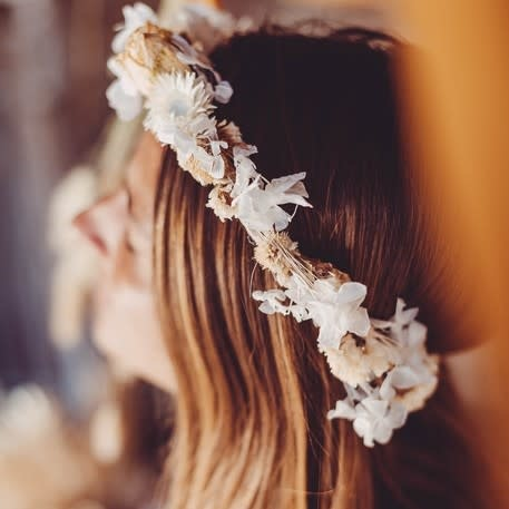 AF dried flower crown white