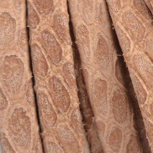 Bruin Plat nappa Leer Luxe Reptile Natural Cognac 5x1.5mm - prijs per cm