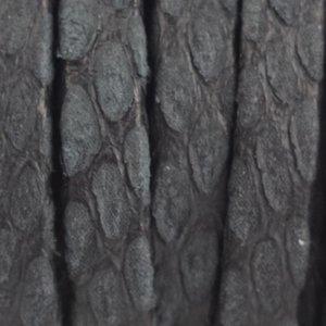 Zwart Plat nappa Leer Luxe Reptile Zwart 5x1.5mm - prijs per cm
