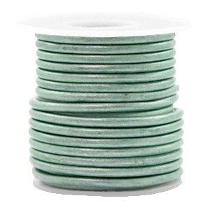 Groen Rond leer Pastel lark green metallic 3mm - per meter