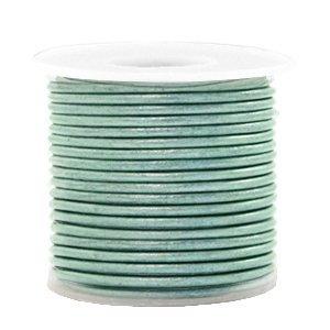 Groen Rond leer Pastel lark green metallic 1mm - per meter