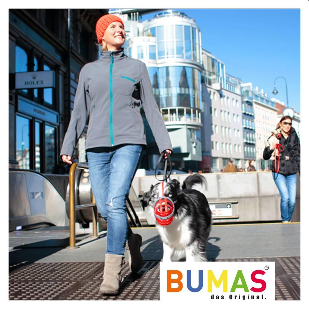 BUMAS - das Original. BUMAS Muilkorf voor Australische Herder uit BioThane®, rood/bruin