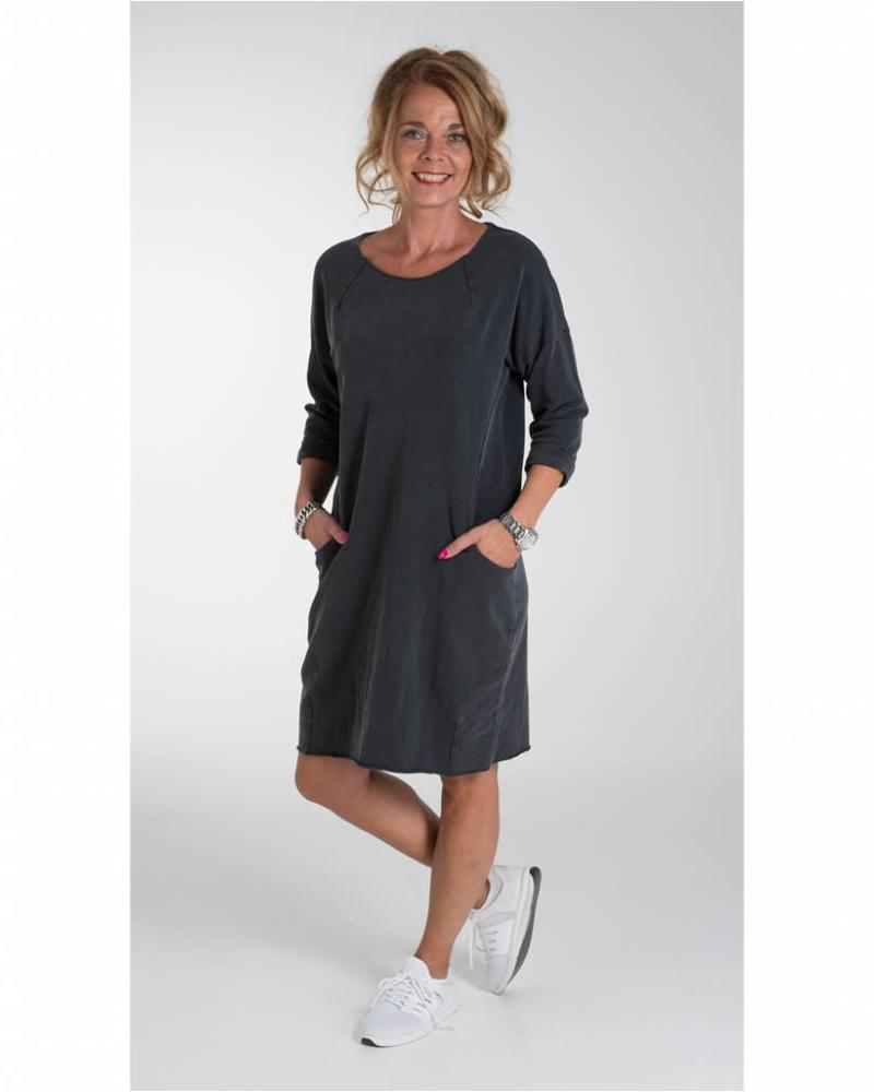Rebelz Collection Sweaterdress Amber antraciet