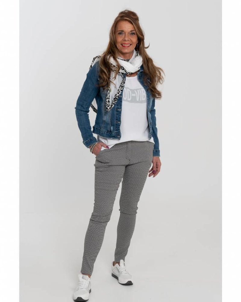 Gemma Ricceri Shirt Dana good vibes wit