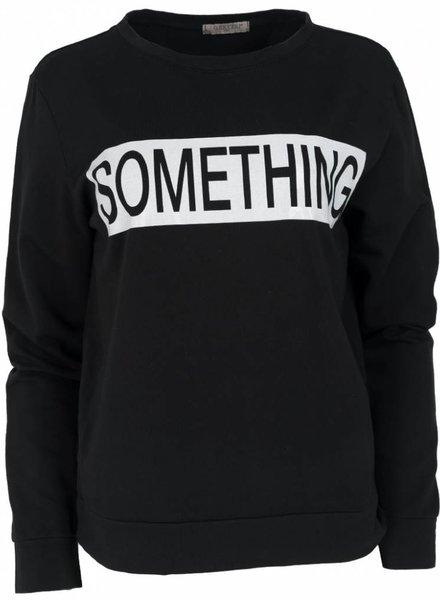 Gemma Ricceri Sweater Something zwart