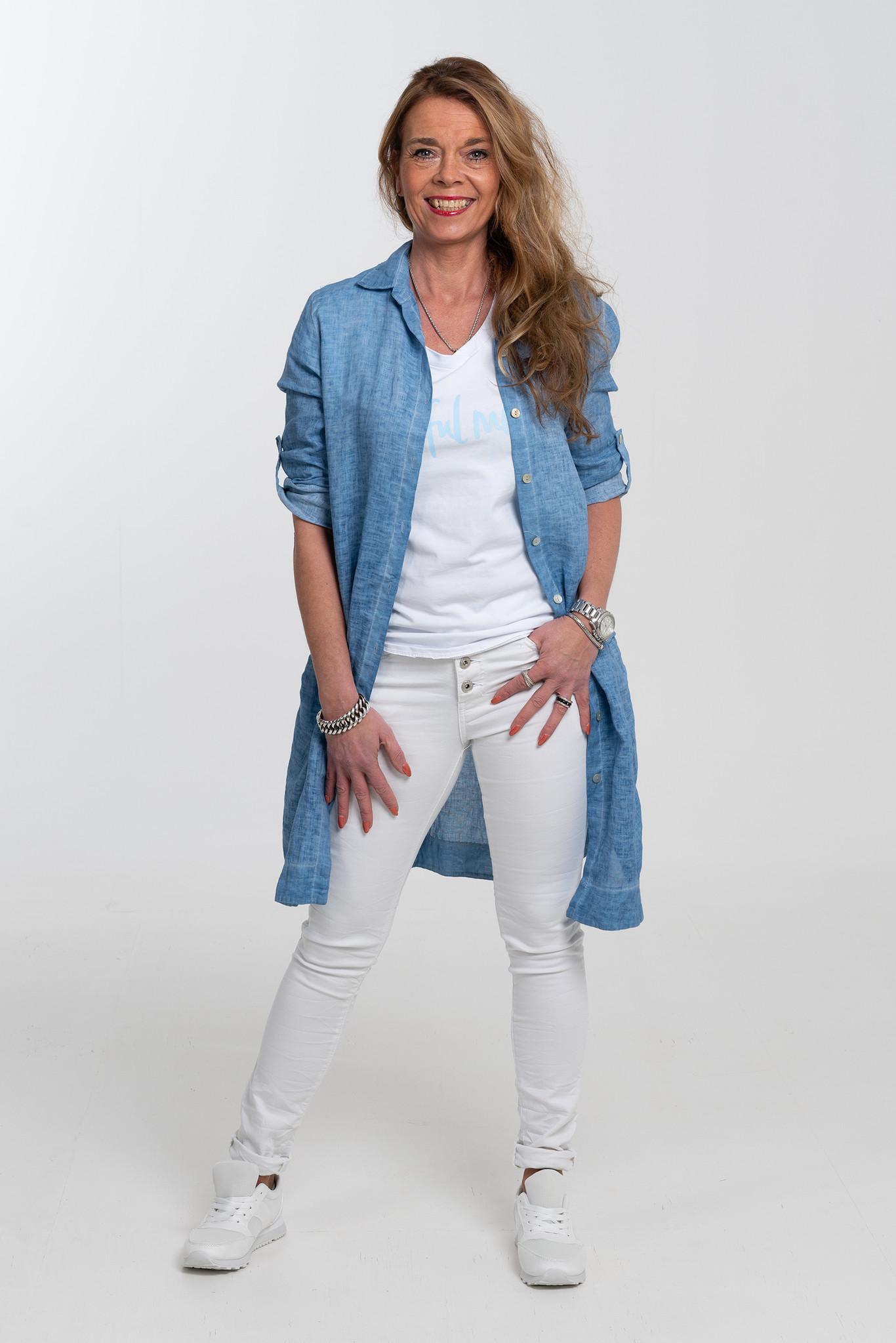 fb258d262fed Gemma Ricceri Blouse linnen Nora jeansblauw Gemma Ricceri Blouse linnen Nora  jeansblauw