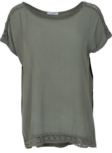 Gemma Ricceri Shirt Madelief groen
