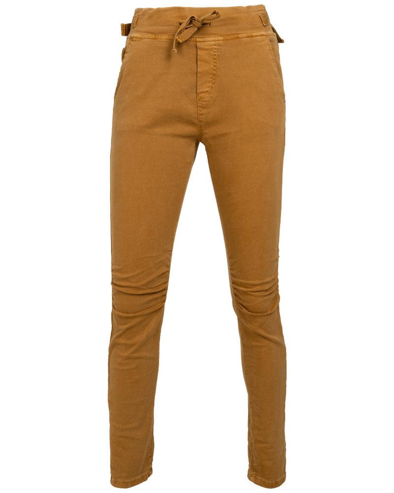 Melly&Co Jog jeans mc okergeel