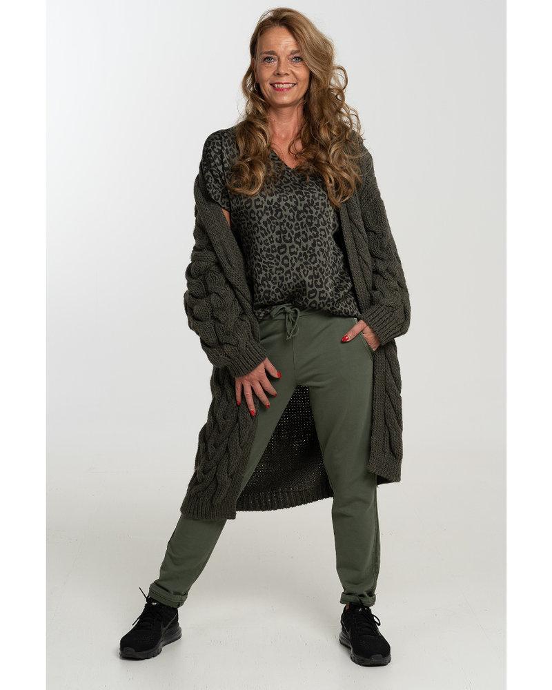 Gemma Ricceri Shirt silk touch v hals panterprint legergroen