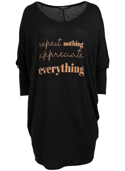 Gemma Ricceri Shirt oversized everything zwart/camel