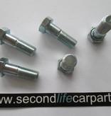 LR045409 Propshaft bolt