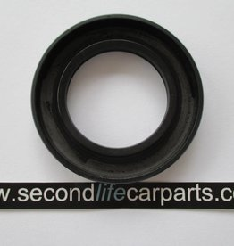 90622240 LT95 4 speed V8 rear output seal LT95