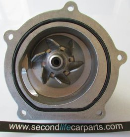 PEM500040  g  WATER PUMP TD5