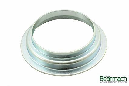 LR017552 FTC5317 Rear Diff Oil Seal Mud Shield