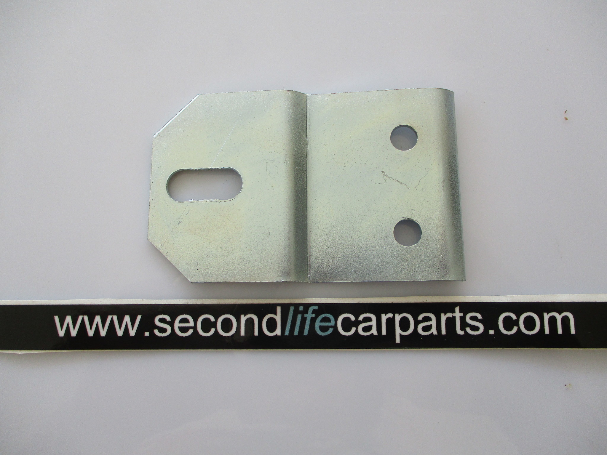 559705 EXHAUST MOUNTING BRACKET