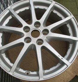LR073511 17 Inch Alloy Wheel - 10 Spoke