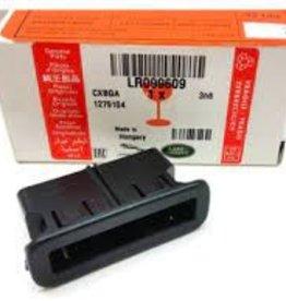LR099609  CENTRE TAILGATE BLIND CLIP