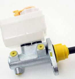 LR013018  Brake master cylinder