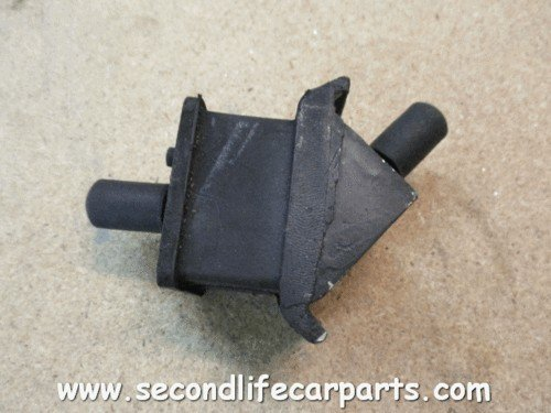 anr3201 lh Gearbox Mounting