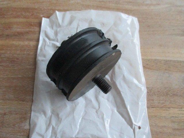 kkb103120 motor/versnellingsbak rubber 12 mm