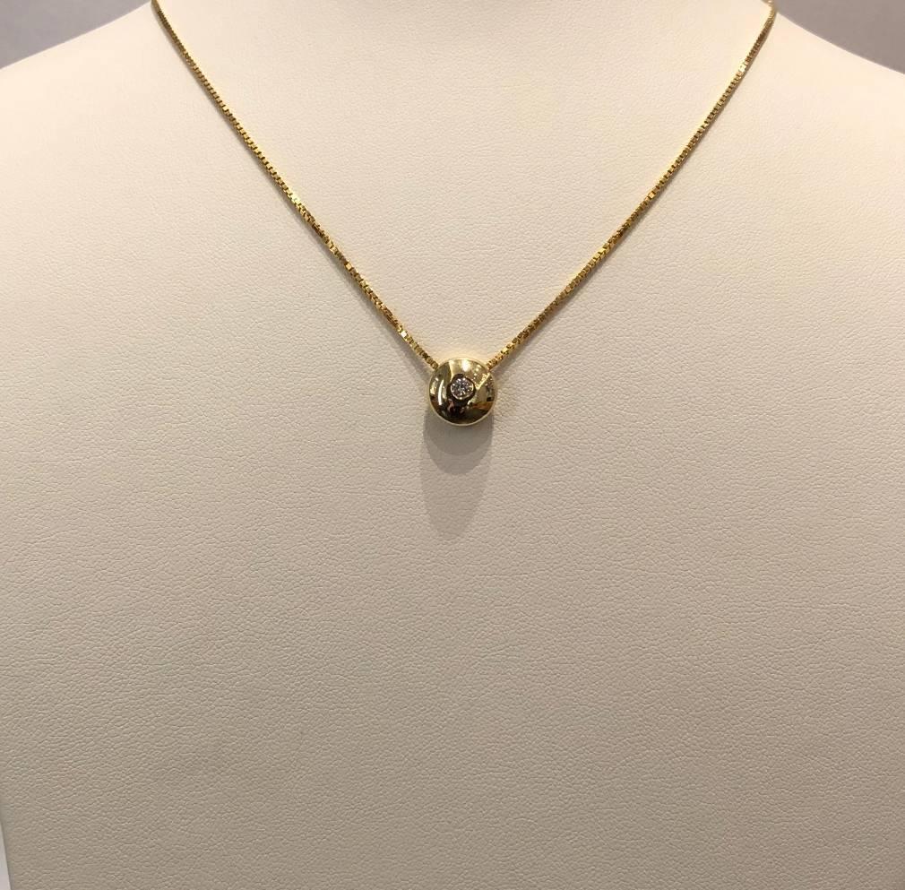14 kt. gouden collier en hanger met diamant 0.10 ct.