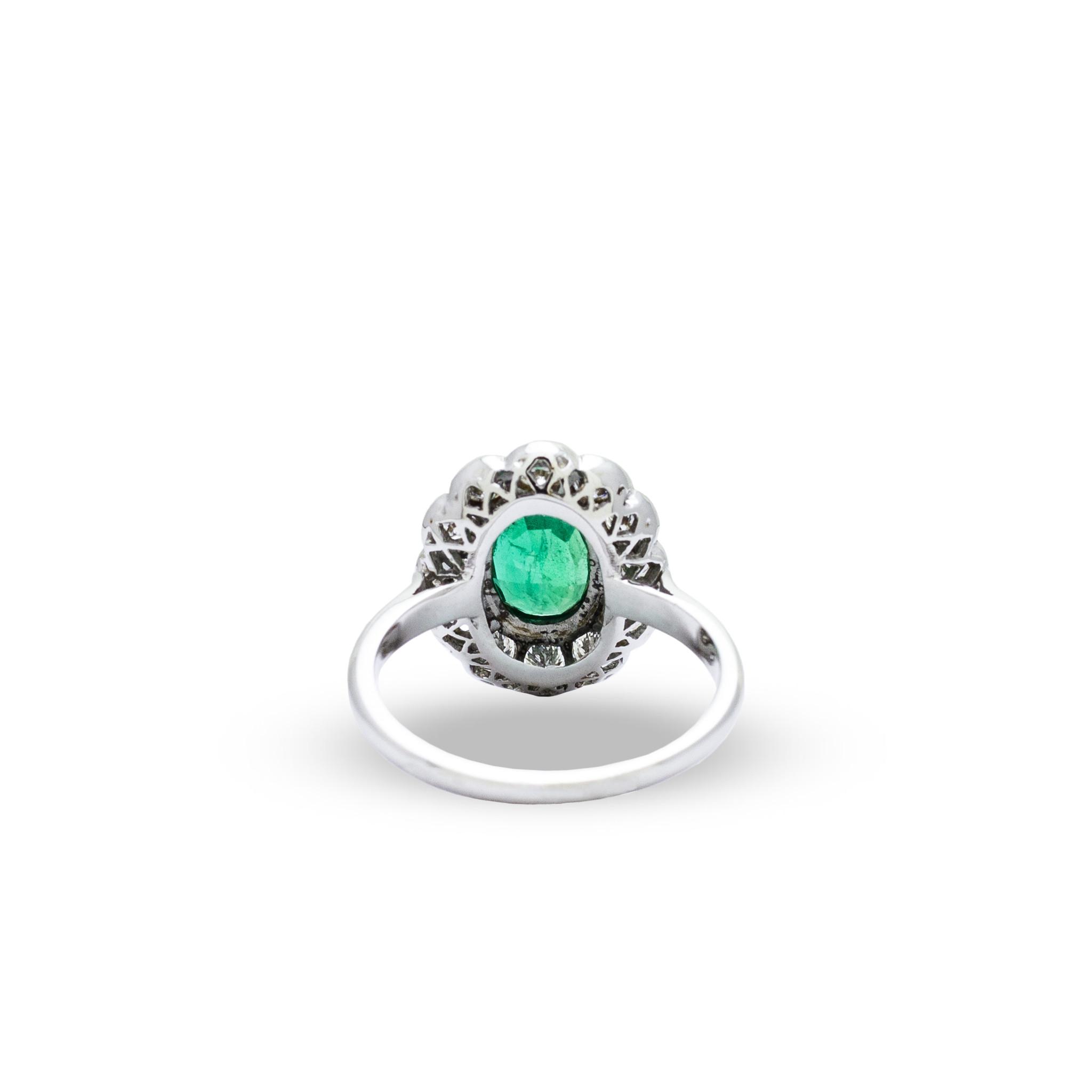 Private Label CvdK Private label CvdK  witgouden halo ring smaragd/diamant