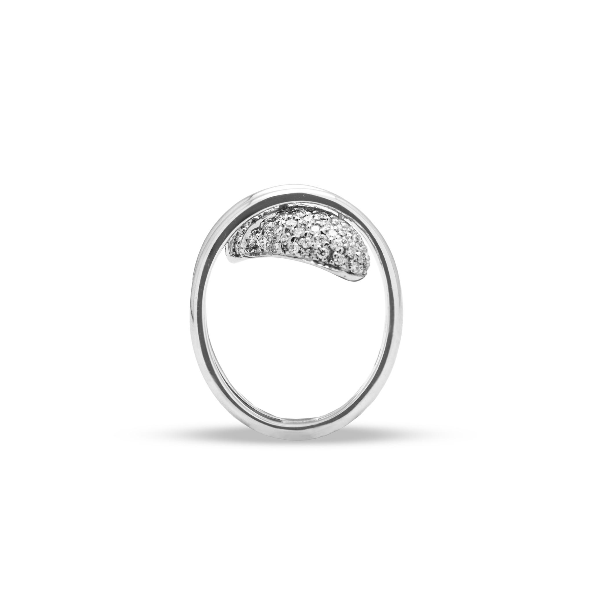 Private Label CvdK Een 18kt witgouden ring pavégezet met  diamant 0,75 ct