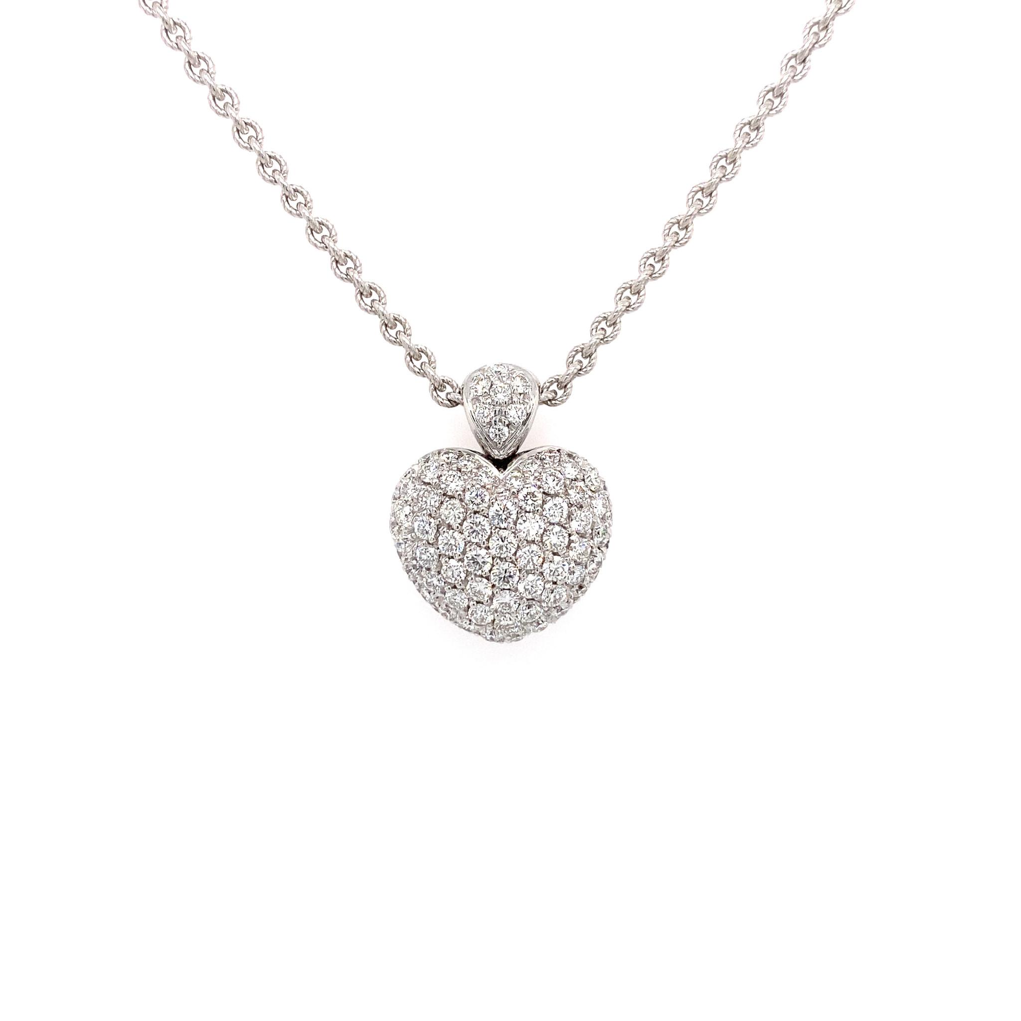 Leo Pizzo Leo Pizzo Amore 18 kt. witgouden collier en hart hanger pavé gezet met diamant