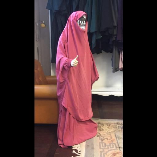 Mädchen Khimar  Dorra al Maknouna