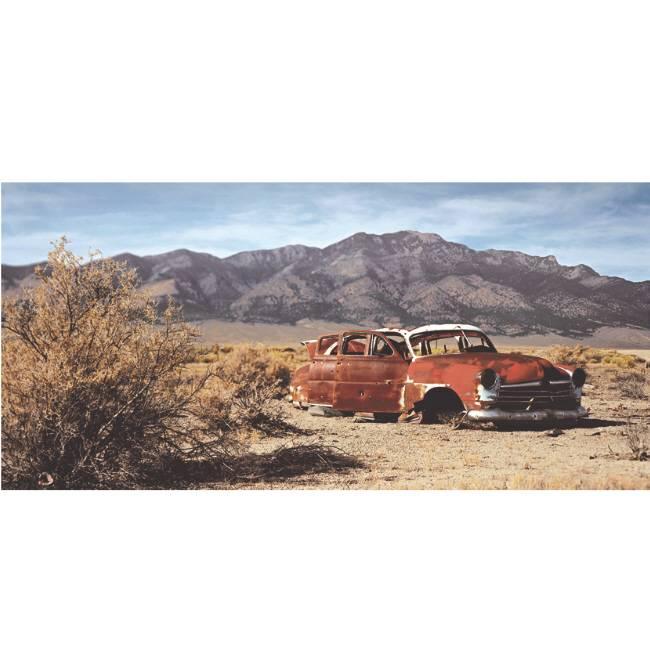 Kunstzinnige Ingelijste Posters: Route 66 Verlaten autowrak in woestijn