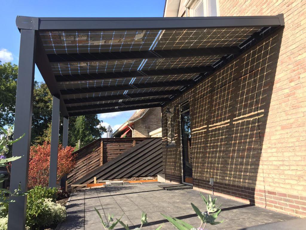 Zeer Solar Veranda met lichtdoorlatende zonnepanelen | O'Daddy Solar &EO64