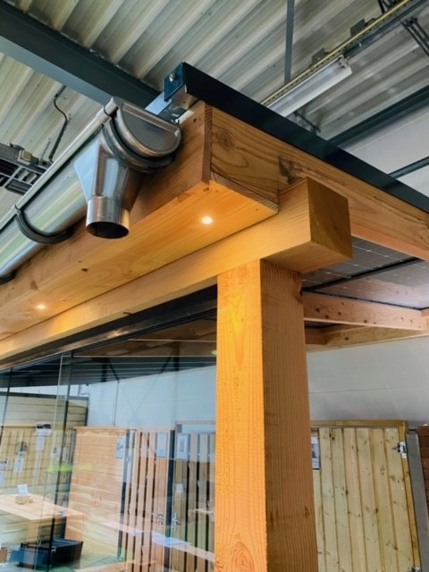 Lariks / Douglas zonnepanelen veranda 3 x 3,4 meter