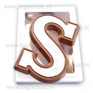 Chocoladeletter S doublet ingekleurd van 165 gram