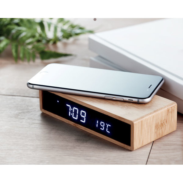 Bamboe alarm klok met draadloze oplader