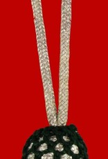 silberne Eichel mit grünem Kopf