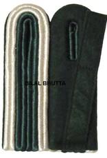 4-streifige Schulterstücke silber/grün für Unteroffizier